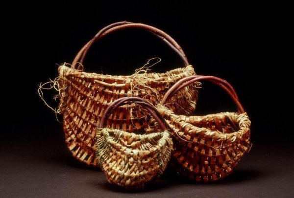 Ribbed Wall Baskets in Three Sizes