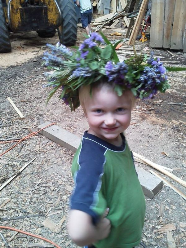 My grandaughter made a Lei Po'o of ferns and flowers