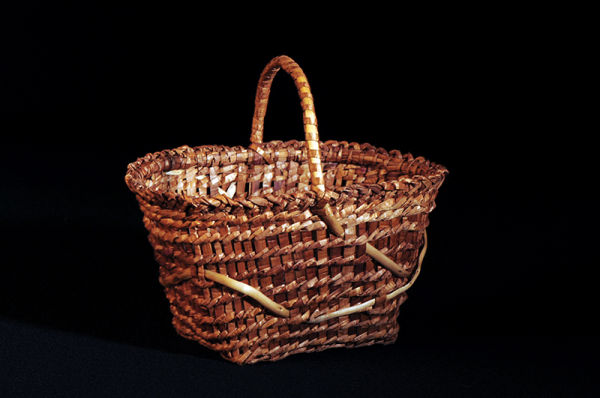 Cedar Berry Basket