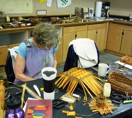 8-6-11 Mary's Angel Card Basket takes form