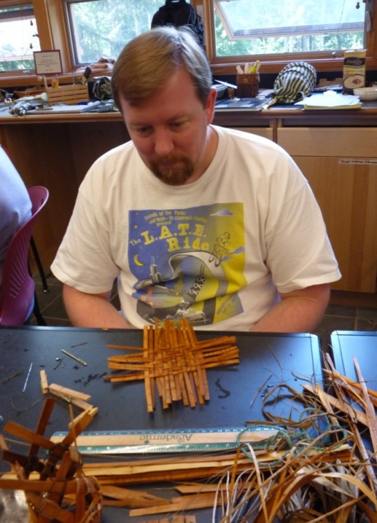 8-6-11 Rich makes a twill tray, post inventing a hexigonal w